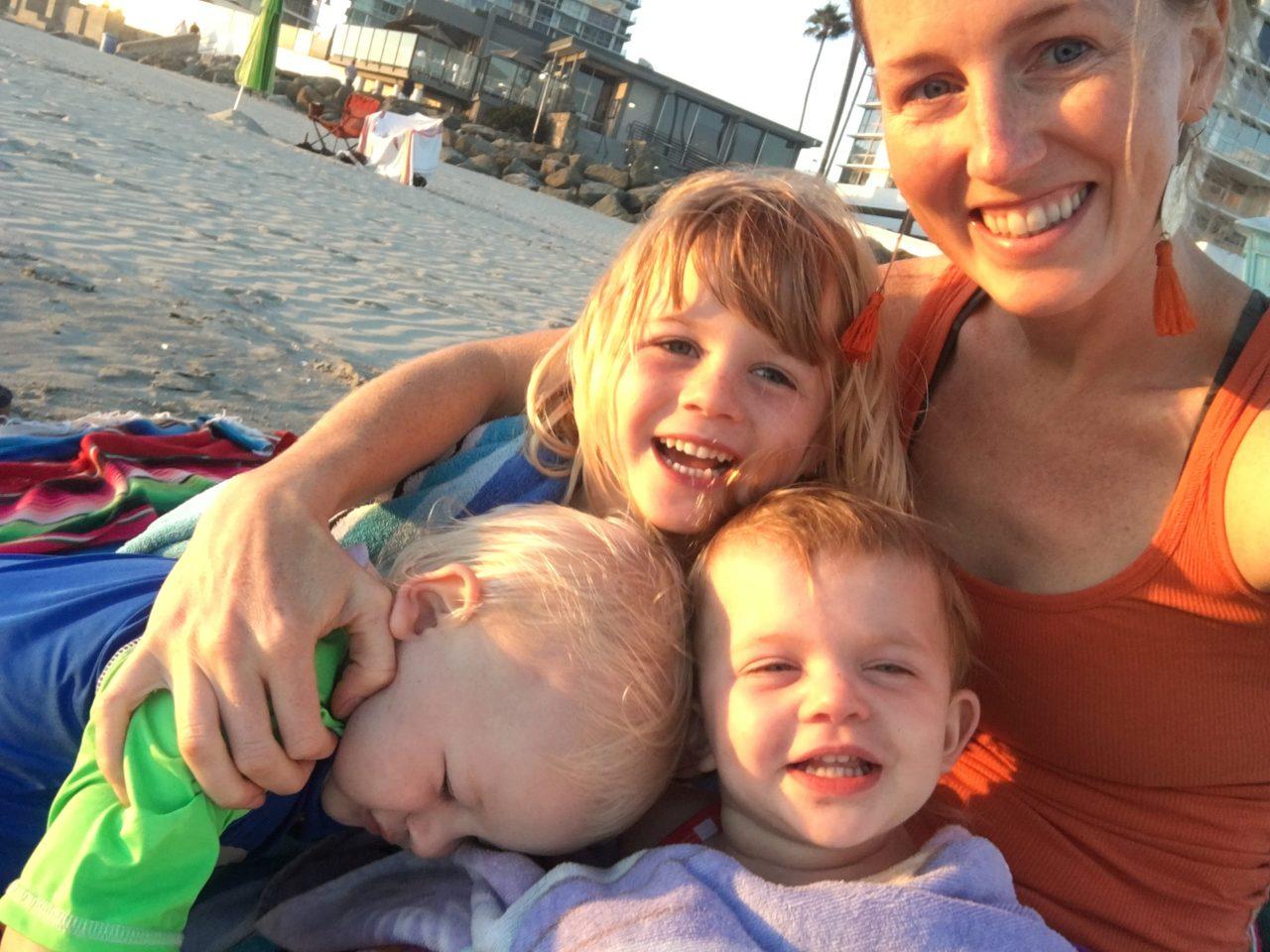 Alicia-moms-kids-beach-scaled-1-1280x960.jpg
